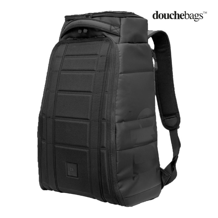 두시백 Hugger 30L Black Out(1920)